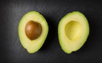 Czy wiesz, że awokado obniża cholesterol, wspiera odporność, wzrok i prawidłową pracę serca ?